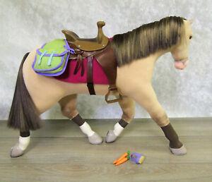 American Girl Doll NICKI HORSE JACKSON + TACK Saddle Bags Blanket Brush Carrot