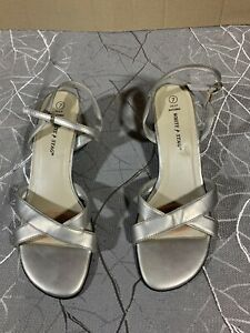 white stag women's shoes heels size 7