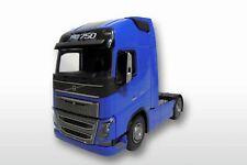 EMEK 81334 Volvo FH04 GL XL 4x2 Solomaschine 1:25 blaue Ausführung, 23cm