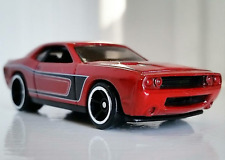 2008 DODGE CHALLENGER SRT8   2018 Hot Wheels Muscle Mania 5-Pack     Red