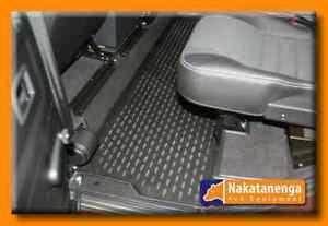 Defender 110 Nakatanenga Rubber floor mat - rear passenger middle seating area