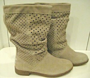 NEW Sz 5 W Beige Suede TOMS Slouch BOOT Perforated Leather Serra Oxford FESTIVAL