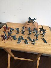 MPC Union Infantry Blue Vinyl 1/32nd Scale (20) Unpainted Figures