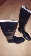 Black rubber boots / Bottes noires en caoutchouc / like new / size 10/ Taille 45