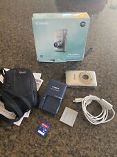 Canon PowerShot Elph 100 HS Digital Camera  with Box/Case/Memory Card