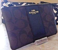 NWT COACH F58035  CORNER ZIP WRISTLET SIGNATURE  BROWN