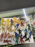 Marx Fort Apache Alamo Pioneers Soldiers Indians Vintage Playset Figures Lot D