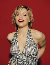 Brittany Murphy UNSIGNED photo - H3221 - Girl, Interrupted, Phoenix & Angels!