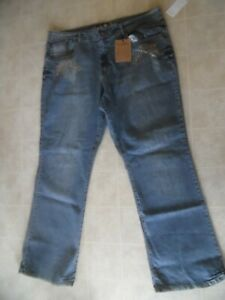 NWT Women's Vanilla Plus Embellished  Bootcut Jeans Med Wash 22 W