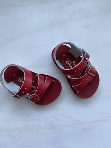 Salt Water Sandals Sun San Wees in Red Toddler size 2