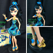 Monster High Gloom and Bloom Cleo De Nile Girl Doll Outfit Shoes Diary Stand Lot