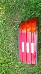 93 MERCEDES-BENZ R129 500SL PASSENGER RIGHT  SIDE  TAIL LIGHT ASSEMBLY