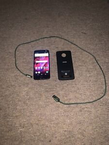 Moto Z3 Phone WITH Motorola Moto Mod Pack - Insta Share Projector !!! MD100P