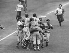 MILWAUKEE BRAVES CELEBRATE WORLD SERIES AFTER SERIES CHAMPIONSHIP 1957 8x10 2