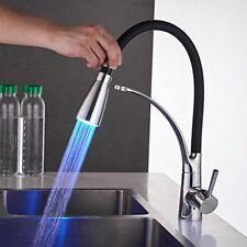 LED Grifos de cocina Saque spray grifo de lavabo fregadero Chrome Negro Moderno Grifo