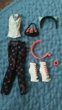 Monster High Doll Scarah Screams Freaky Fusion Outfit & Accessories