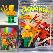 Aquaman Super Friends Custom Mini-Figure w/ Display Case &Stand 089 Mini-fig