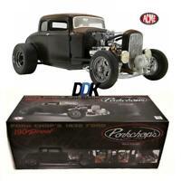 ACME A1805017 PORK CHOP'S 1932 FORD RAT ROD 190 PROOF 5 WINDOW DIECAST CAR 1:18