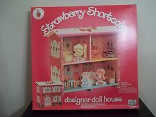 Vintage 1981 CRAFT MASTER Strawberry Shortcake DESIGNER DOLL HOUSE NEW NIB NRFB