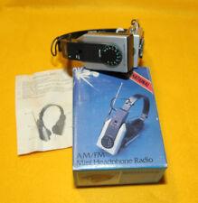 "* INTERNATIONAL : "" RADIOCUFFIA MONO - AM/FM Mini Headphone Radio * NUOVO !"