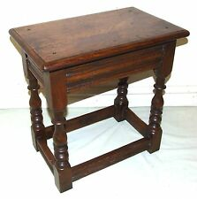 Antique Carved Oak Joint Stool / Occasional Table / Lamp Stand (60)