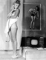 Marilyn Monroe Nude Portrait Stretched Canvas Wall Art Movie Poster Print Model