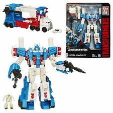 Transformes Generations Combiner Wars Autobot Leader ULTRA MAGNUS by Hasbro