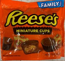 NEW REESE'S MINIATURE CUPS MILK CHOCOLATE & PEANUT BUTTER FAMILY PACK 17.6 OZBAG