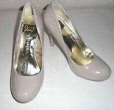Pumps - Highheels von I Love Shoes  Modell Theona  Lackschuhe Größe 41  NEU Nude