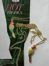 AVON PARROT SHAPED PENDANT NECKLACE ~ BRANED NEW & BOXED IDEAL GIFT