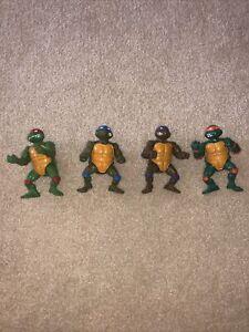 Playmates Toys 1988 Teenage Mutant Ninja Turtles Action Figure Set