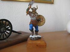 "VIKINK  "" les étains du graal "" 120 mm ( 1/16) figurine peinte"