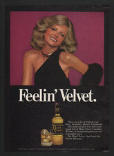 1977 BLACK VELVET Whisky - Feelin' Velvet - Model CHERYL TIEGS - VINTAGE AD