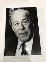 George P Shultz signed 8 x 10 photo / autograph