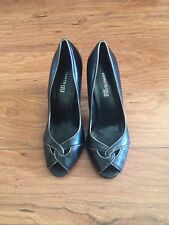 Kenneth Cole Pumps - Size 5M