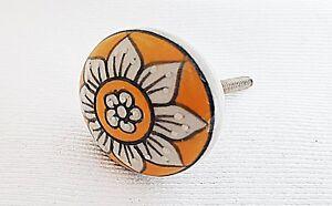 Ceramic yellow Daisy flower embossed 4cm round door knob/pulls/handles