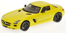 MINICHAMPS MERCEDES SLS AMG YELLOW (E-CELL) 1/18 Scale**NICE**