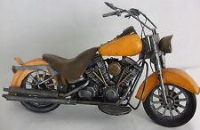 Di latta modello di un giallo Harley Davidson stile mororbike / Ornamento / REGALO