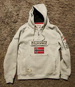 mod/èle Feretico S-XXXL Existe en 5 Coloris Geographical Norway Sweat /à Capuche en Molleton et col zipp/é pour Homme