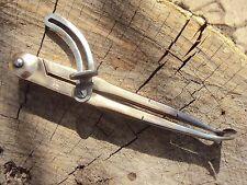 Ancien compas à rainette de bourrelier sellier  Blanchard