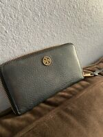 Tory Burch Leather Wallet Black Great Condition!!