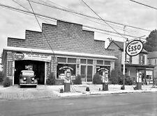 """5x7"""" photo ESSO MAPLEWOOD GARAGE GAS SERVICE STATION 1930'S ?"""