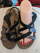 Taos Babble black strappy sandals US size 7 comfort