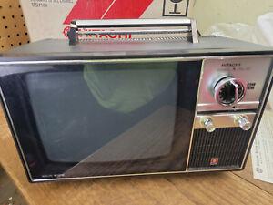 "Hitachi IU-52B CRT 8.5"" Transistor TV Receiver Vintage Portable TV B&W"