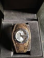 Gucci 104 Ladies Quartz Watch Wristwatch With Material GG Strap - Boxed