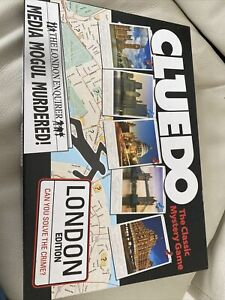 Cluedo The Classic Mystery Game London Edition