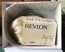 "Revlon Cheryl Tiegs Blonde ""Runway"" 23R Medium Length Champaign Blonde Wig"