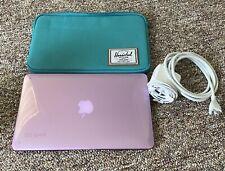 """Apple Macbook Air 11"""", 1.4 GHz,Intel i5,4 GB Memory,121 GB Flash Storage (2014)"""