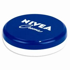 Creme idratanti NIVEA per la cura del viso e della pelle