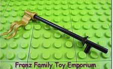 New LEGO Minifig Weapon Black LANCE Sword w/Pearl Gold FLAG Castle Pirate